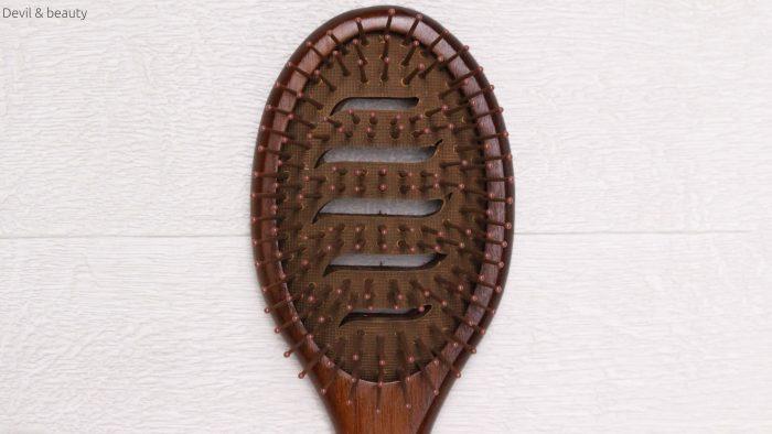 john-masters-vented-paddle-brush5-e1488548526542 - image