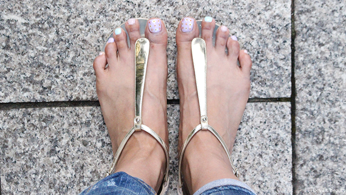 sandals-wearing-feet1 - image