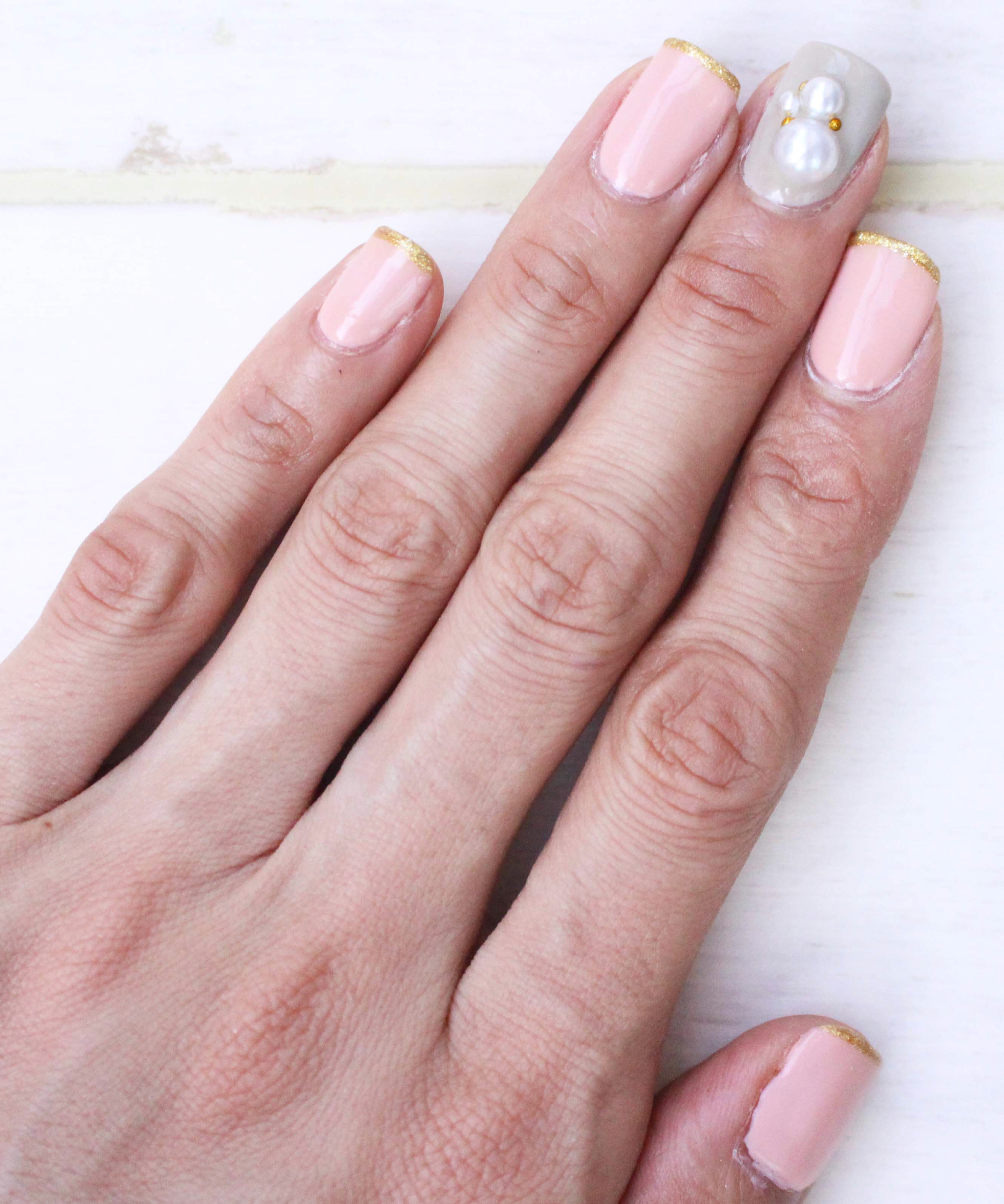 thin-line-french-pink-nail2 - image